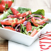 Strawberry-baby spinach salad