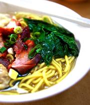 Ba-Mee Moo Daeng (Thai pork-egg noodle soup)