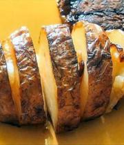 Barbecue: Honey-caramelized potatoes