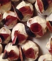 Fig, Bruccio Cheese and Bündnerfleisch Cupcake