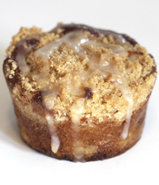 Apple muffin with streusel topping