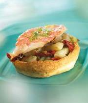 Savory galettes with red mullet and slow-cooked fennel