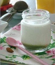 Matcha green tea and almond yoghurt