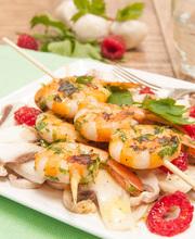 Persillade shrimp skewers with raspberry and mushroom carpaccio