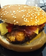 Chicken, bacon and bell pepper burger