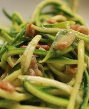 Zucchini pasta alla carbonara