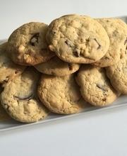 White chocolate cookie