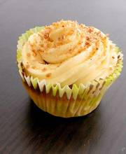 White chocolate-banana cupcakes