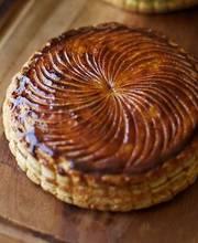 Galette des rois (frangipane-filled pastry)