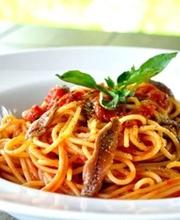 Anchovy-tomato-garlic Linguine