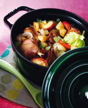 Chicken in cider with apple and potatoes