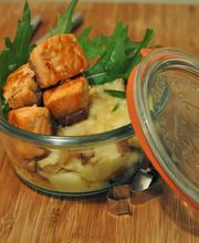 Saumon sauté au miel et gomasio, purée de panais, éclats de châtaignes
