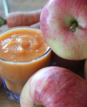 Carrot-apple detox smoothie