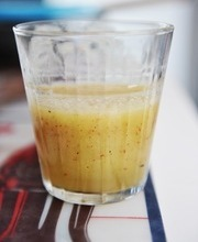 Apple-Kiwi and orange juice smoothie