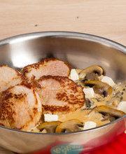 Suprême de veau sauce à la Vache qui Rit et champignons