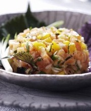 Salmon and mango tartare with cilantro