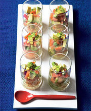 Salmon tartare with avocado (1)