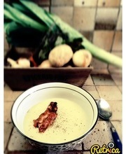 Cream of leek and potato soup
