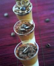 Verrines de café liégeois