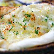 Italian style cheese naan