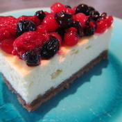 Red fruit berry cheesecake