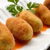 Mini croquettes with Serrano ham