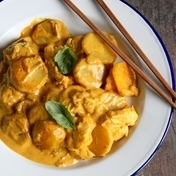 Pollock Thai-style in yellow curry sauce