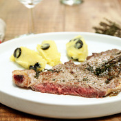Rib steak with thyme and olive purée