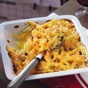 Deviled macaroni Saint-Marcellin cheese