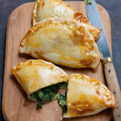 Clasico Argentino's spinach and cheese 'empanadas'