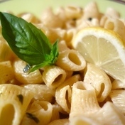 Pasta with lemon and basil