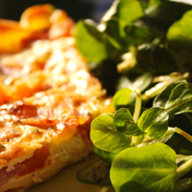 Ham, tomato and mozzarella quiche