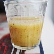 Apple-Kiwi and orange juice smoothie