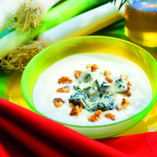 Leek, potato and gorgonzola soup