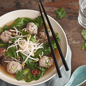 Pho soup with meatballs (chicken)