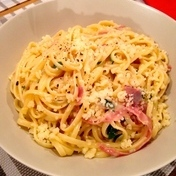 Spaghetti with pancetta alla carbonara