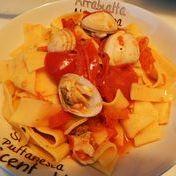 Clam and tomato Tagliatelle Pasta