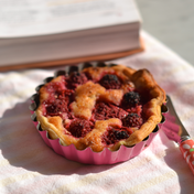 Almond and fruit tartlets