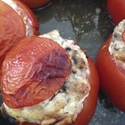 Stuffed tomatoes with goat cheese, mushrooms and pine nuts