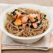 Salmon stir-fry, nori pesto and soba noodles