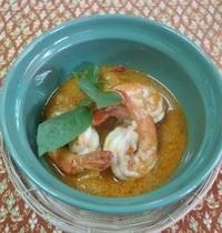 Ananas au curry rouge et à la noix de coco | kaeng kua saap pa rod