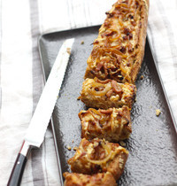 Baguette apéro façon flammekueche gratinée