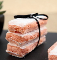 Biscuit de Reims à l'eau de rose