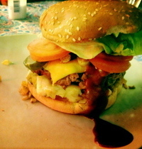 Bloody Burger | Apple and St. Nectaire cheese