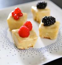Bouchées chocolat blanc et fruits rouges