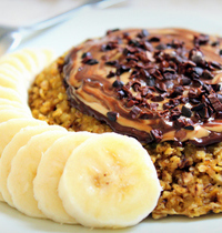 Bowl Cake banane, chocolat & beurre de cacahuète (vegan, sans gluten)