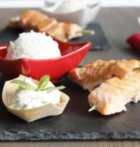 Brochettes de saumon et sauce ricotta menthe citron vert