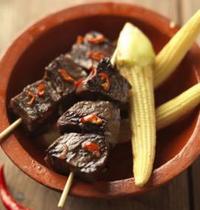Brochettes péruviennes de cœur de boeuf