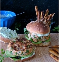 Burger au Saumon & à l'Avocat