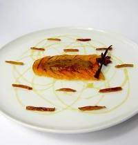 Cantelope carpaccio with caramelized Foie Gras, dates, honey and 4 spices